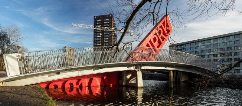 deel-engineering en een rie voetgangersbrug amsterdam zuid-oost 800x350px
